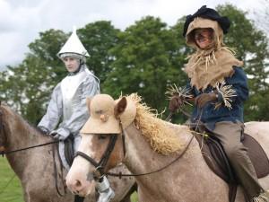 Tin Man (Becky Parsonage) & Scarecrow (Rosie Whitney)